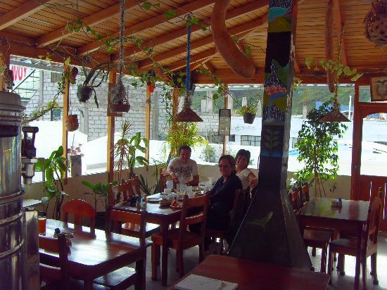 Hostal Chimenea: En el comedor