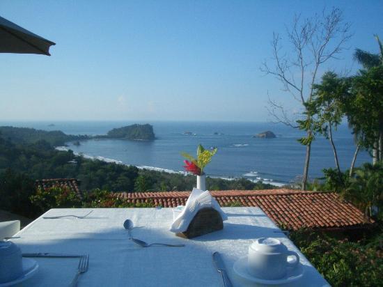 Ivantours Costa Rica and Panama Day Tours: La Mariposa Hotel