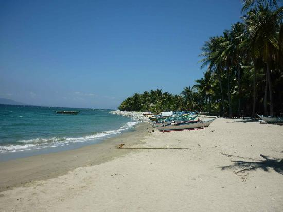 Tuko Beach Resort: Beach1