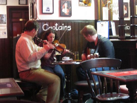 Captains Bar: The group we heard