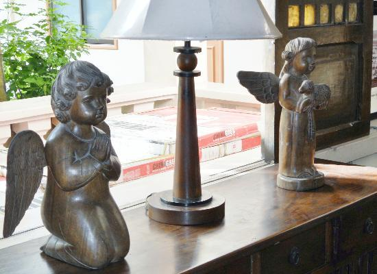 Hotel Alejandro: another antique collections