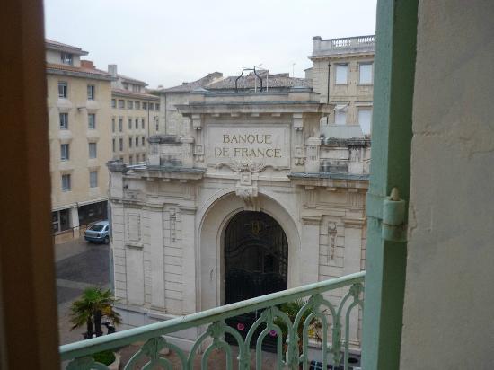 Mercure Avignon Centre Palais des Papes : vue de la chambre 218