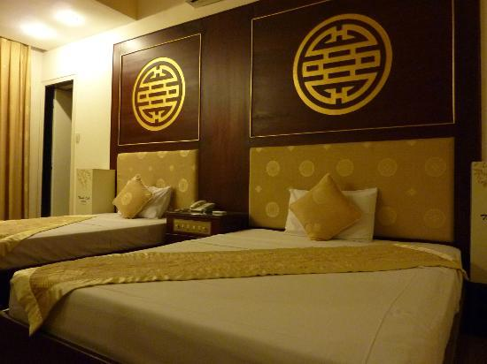 Thanh Lich Hotel: Chambre 204