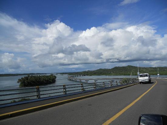 San-Juanico-Brücke: islets in the side of the bridge