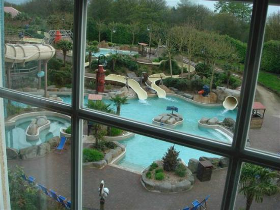 Pineapple Lamp Picture Of Splash Landings Hotel Alton Tripadvisor