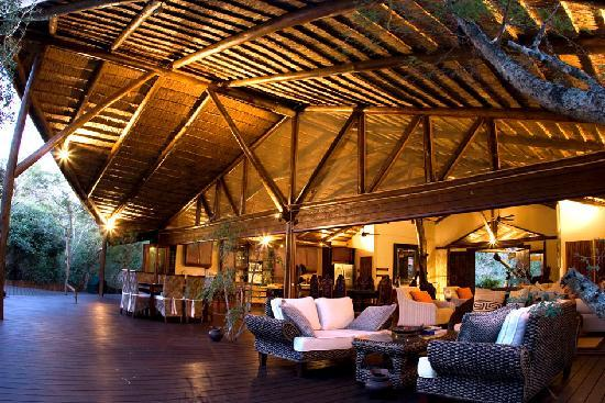 Amorello Bush Golf Lodge: Ihlozi