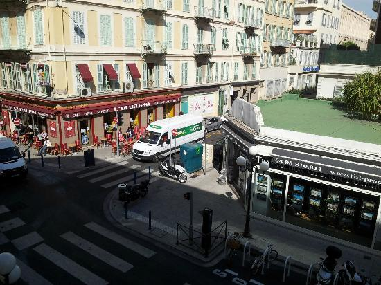 Hotel Nice Riviera: View from Second Floor Room facing Rue Pastorelli.