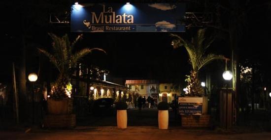 La Mulata Brazil Restaurant: L'entrata de La Mulata