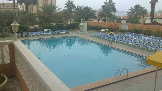 Apartamentos Caribe: Swimming Pool