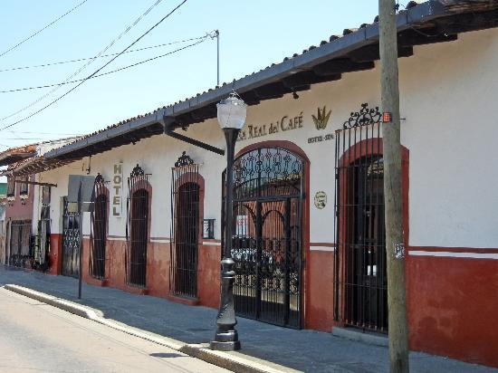 Hotel Casa Real del Cafe: Fachada exterior