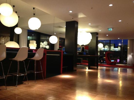 Interior - CitizenM Glasgow: .