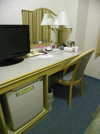 Shin-Osaka Station Hotel Annex : room