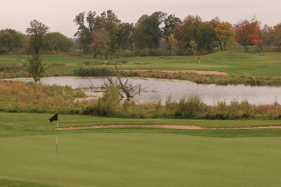 Geneva Golf Club : Pond