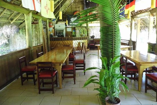 Atiu Villas: Dining and Bar