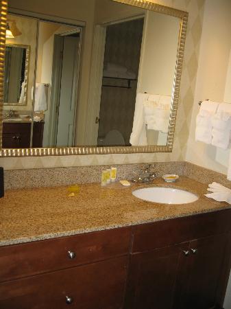 Residence Inn Grand Junction : Vanity