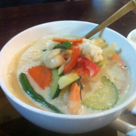 Cafe Thailand: seafood green curry