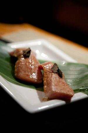 Kanpai Sushi Bar and Grill: Seared Toro with black truffle