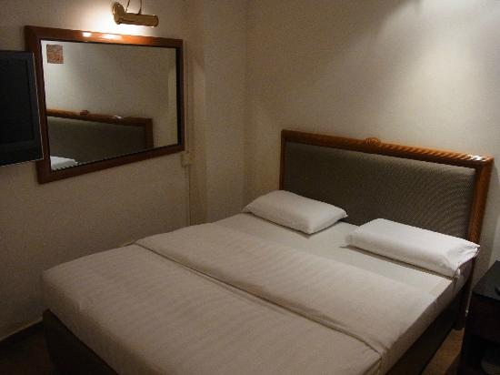 Amber Hotel: Our Family Room