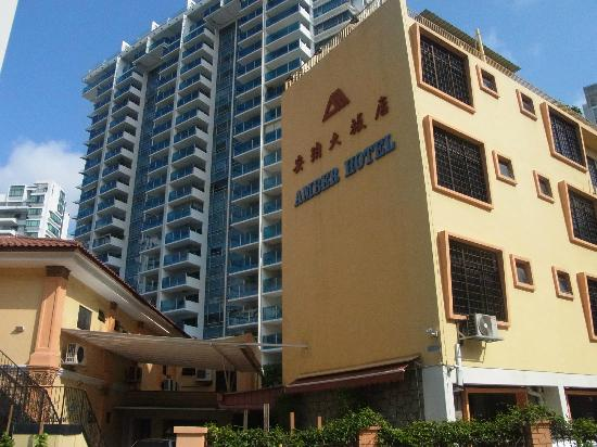 Amber Hotel: Exterior of the Hotel