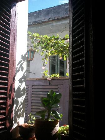 Houses, Alexis and Mary No 1 and No 2: Comenzando un hermoso dìa