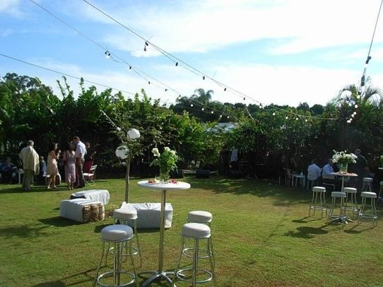 Studio 58 Byron Bay: garden party wedding reception
