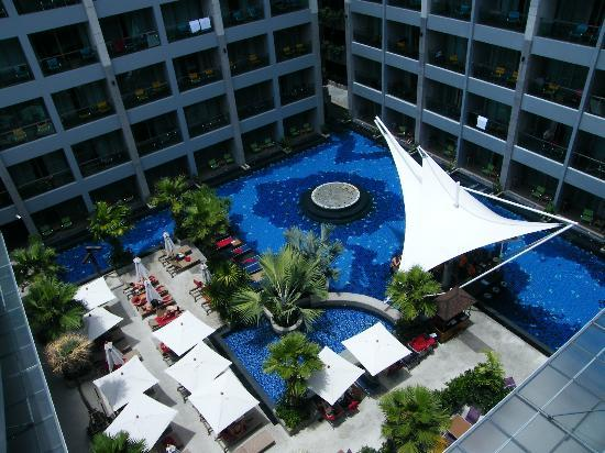 The KEE Resort & Spa: View of pool from sky lounge