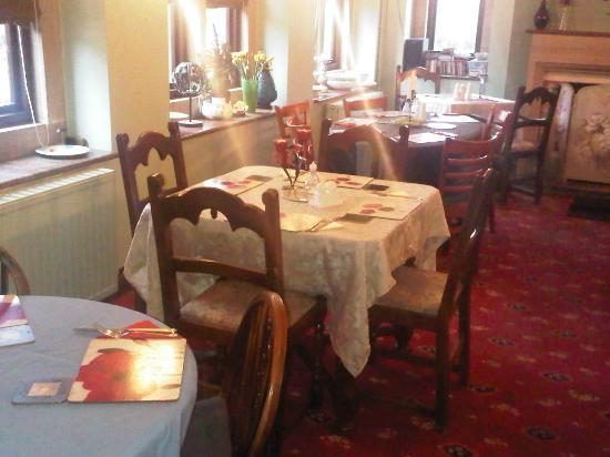 The Jug & Glass Inn: ...dining room, Restaurant