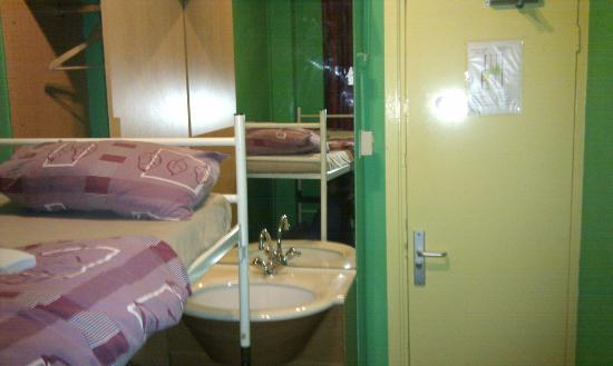 Amsterdam Hostel Orfeo : twin bed room