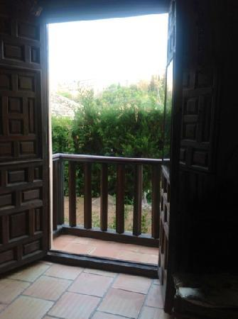 Casa Del Aljibe Guest House : view from my room. on the right just inside the door. fab