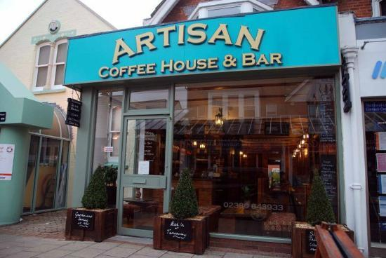 Eastleigh, UK: Artisan Coffee House & Bar