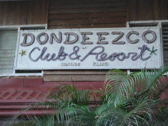 Dondeezco Beach Club & Resort: entrance