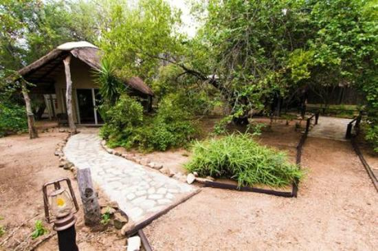 KwaMbili Game Lodge: Our hut, we slept in