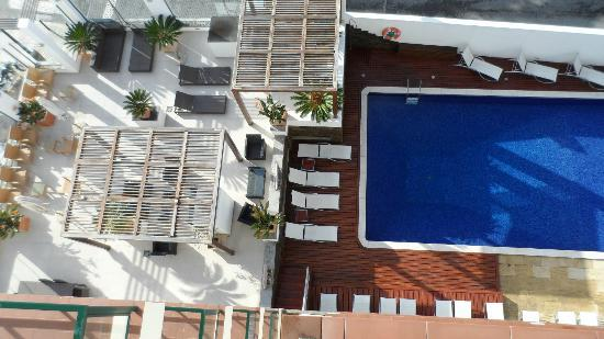 view of pool from room picture of saboia estoril hotel estoril tripadvisor. Black Bedroom Furniture Sets. Home Design Ideas