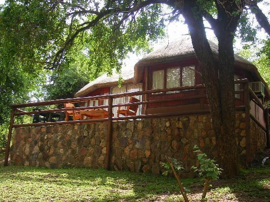 Kulungi Riverside Lodge