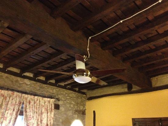 El Jardin del Convento: lampara ventilador