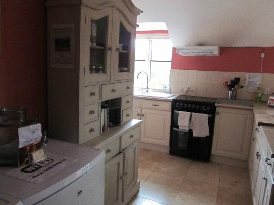 Hay Stables B&B: kitchen