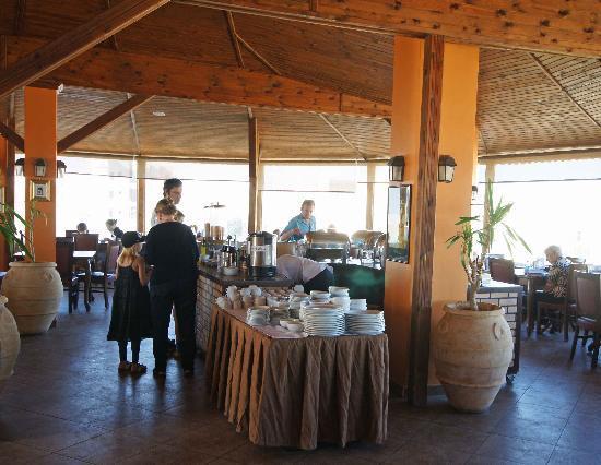 Mariam Hotel: Restaurant - great views, good breakfast