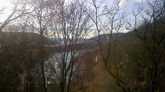 Bear Mountain Inn's Overlook Lodge: View from our window