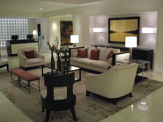 The H Hotel: Lobby