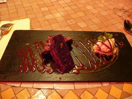 Al Aljibe: brownie chocolat et glace coco