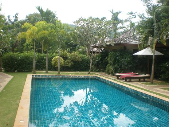 Pai Tan Villas: Pool