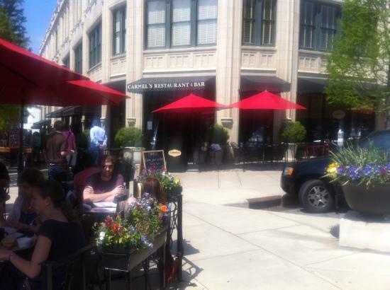 Carmel's Restaurant & Bar at The Grove Arcade : Great day in Ashville