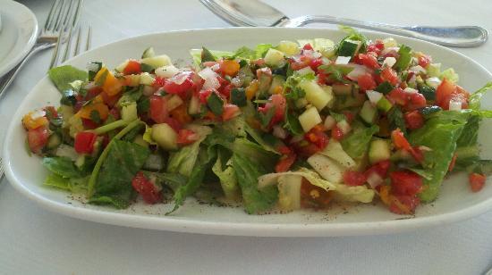 Basil Tomatoes Italian Grille: Mediterranean salad