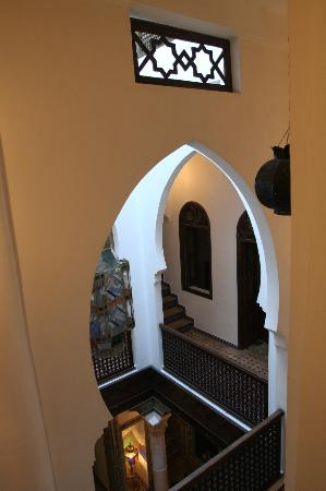 Riad Arous Chamel: View from room over courtyard