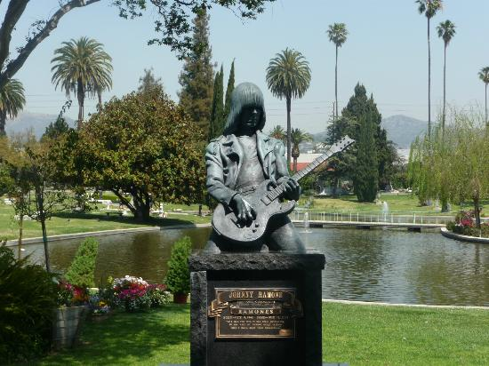 Hollywood Forever Cemetery: ramone