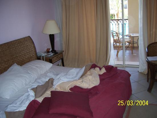 Jaz Mirabel Club: massive bed