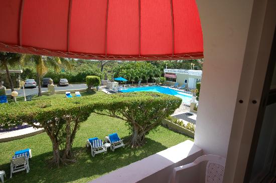 Villablanca Garden Beach Hotel: View from our room