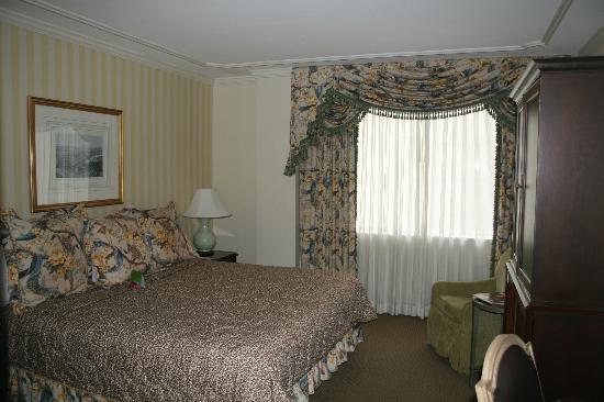 Hotel Monteleone: Queen