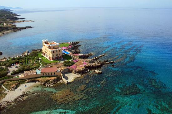 Villa Las Tronas Hotel  & Spa : Villa Las Tronas Hotel & Spa - Alghero (aerial view of the property, from North)