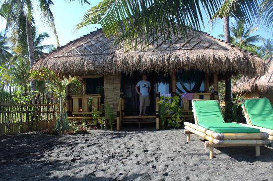 Rinjani Beach Eco Resort: Beach bungalow